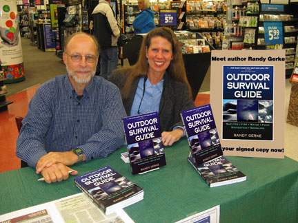 Randy & Kay at Hastings book signing